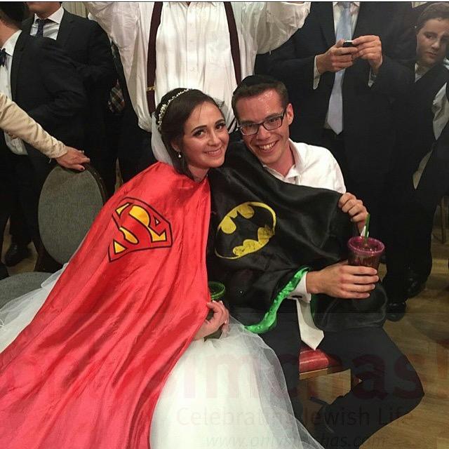 Super Vromie & Sara